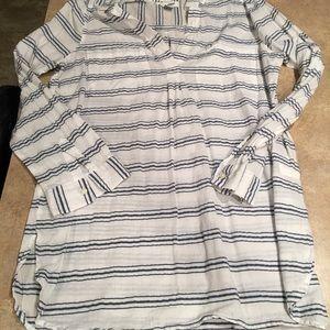 Women's tunic size large